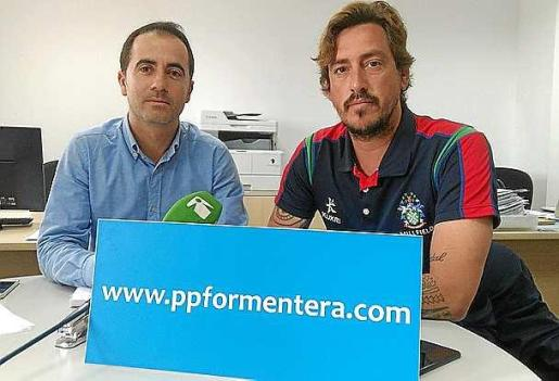 José Manuel Alcaraz y Enrique Llorens,ayer, en rueda de prensa.
