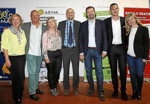 Cristina Beascoechea, Miguel Rullán, Ascensión Oliva, Víctor Baña, Juan Manuel Serra, Iván Meléndez y Daisy Rehhagen.