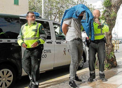 El joven quedó en libertad provisional tras declarar ante la juez de guardia. Foto: DANIEL ESPINOSA