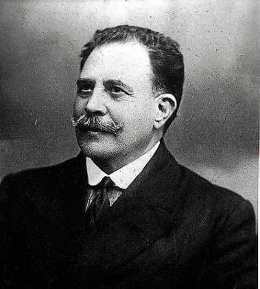Retrato del historiador Enric Fajarnés.