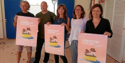 Una imagen de la presentación del festival de cine de Formentera, ayer en el patio del Centro Antonio Tur 'Gabrielet'.