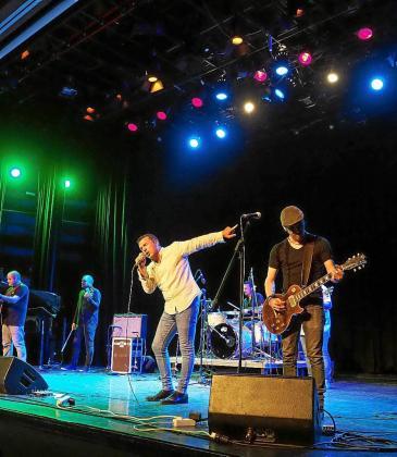 El concierto de ayer en Can Ventosa fue todo un éxito de público y participación.