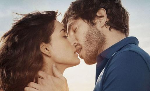 Inma Cuesta y Quim Gutiérrez, en 'Un beso de película'.