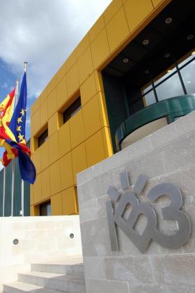 Edificio de IB3, en Son Bugadelles (Calvià).
