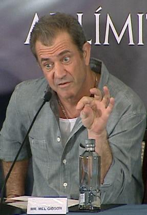 """El actor estadounidense Mel Gibson, durante la rueda de prensa que ofreció hoy en Madrid para presentar la película """"Al límite"""", un thriller de Martin Campbell que protagoniza tras siete años dedicados en exclusiva a la producción y la dirección."""