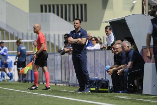 El exentrenador del Atlètic Balears, Josico, durante un partido.