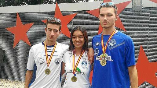 Carlos Marí, Sara Díez y Denis Cristea, la tripleta de oro ibicenca.