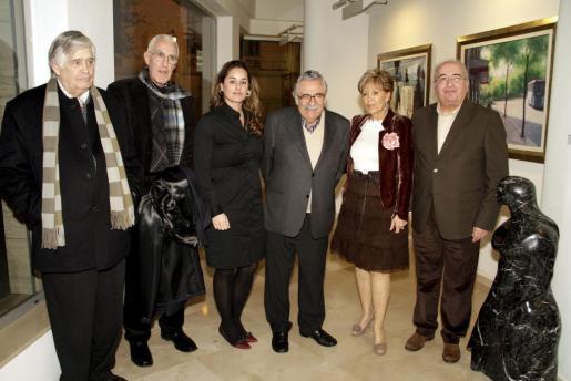 Juan Miralles, Guillermo Miralles, Rosa Vanrell, Pere A. Serra, Isabel Miralles, Rafael Perera y Gabriel Vanrell.