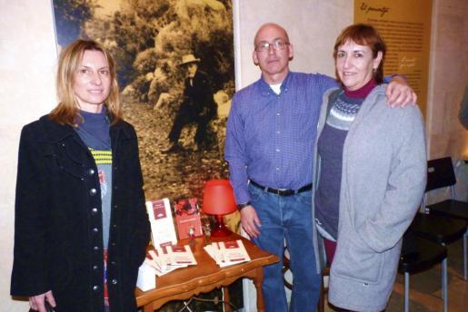 Caterina de la Fuente, Joan Alfons Marí y Caterina Sánchez.