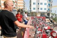 La Feria de Motos Clásicas es uno de los grandes alicientes del programa de fiestas de este popular barrio de Vila.