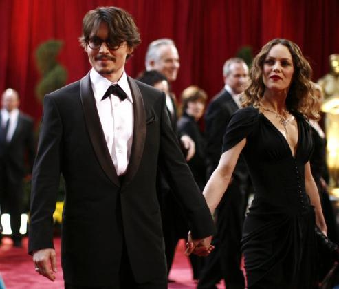 Tras más de una década de noviazgo, Johnny Depp y Vanessa Paradis podrían estar planeando su boda.