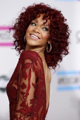 La cantante Rihanna será la imagen de la firma cosmética Nivea.