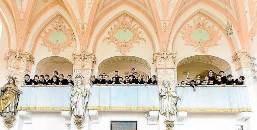 Imagen promocional de la coral infantil de Munich Münchner Knabenchor.