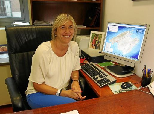 Teresa Palmer, en el despacho que ocupa en el Congreso de los Diputados