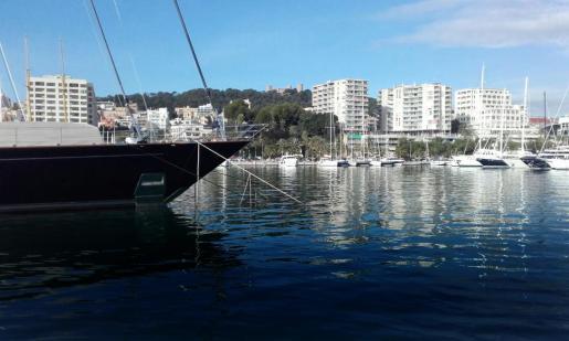 Algunos propietarios de barcos ofrecen sus embarcaciones como apartamentos turísticos a través de plataformas comercializadoras.