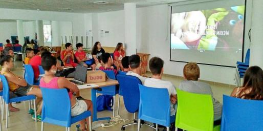 Imagen de uno de los taller impartidos por 'Adoptando en Ibiza'.