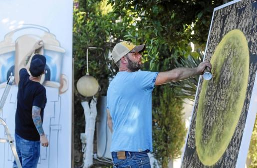 Urban In Ibiza celebró una batalla de arte en Ibiza, en la que los grafiteros se disputaban el 'pincel de oro'.