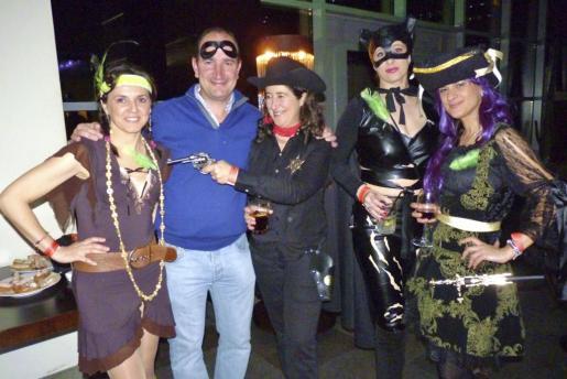 Olivia Noguera, José Rodríguez, Ana Sierra, Carmen y Olvido Muñoz.