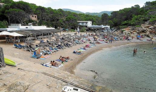 Imagen que presentaba ayer Cala Carbó, playa cuyos dos lotes de 80 hamacas se adjudicó el canario Mahy Marrero Sosa.