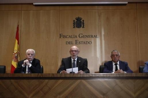Fiscalía ordena investigar a los alcaldes que colaboran con el referéndum y detenerlos si no comparecen.