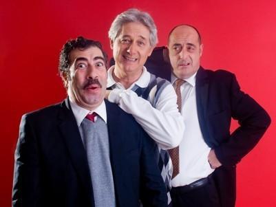 Felix Àlvarez 'felisuco', Josema Yuste y Agustín Jiménez versionan la clásica obra de 'La cena de los idiotas'.