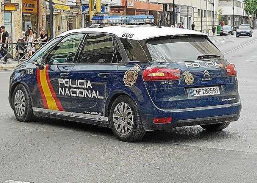 Los dos detenidos fueron trasladados a la comisaría de Vila.