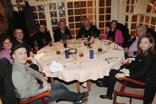 Juan Uslé, Jero Martínez, Ramón Canet, Amador Magraner, García Ruiz, Fernando Francés, Cristina Ros, Pere A. Serra y María José García.