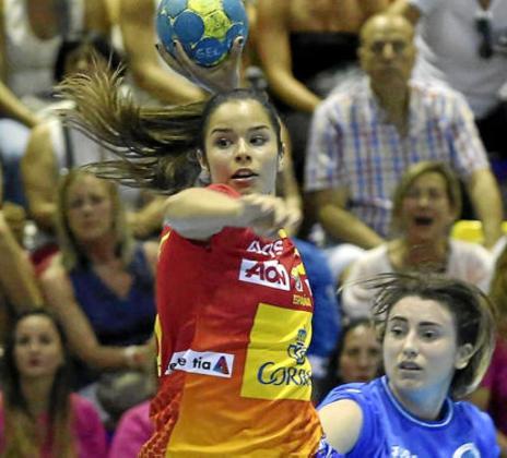 La malagueña Ana González, jugadora del Puchi, se encuentra a unos pasos de poder hacer realidad su sueño de jugar un Mundial con las Guerreras.