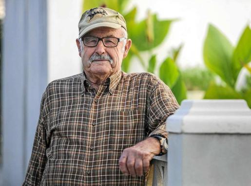 Pep des Pagès pasó los mejores años de su vida en Tagomago, donde guardaba la única casa de la isla y se dedicaba a pescar y a cultivar un pequeño huerto.