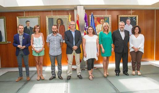 Cuatro de los ocho miembros del equipo de gobierno del Consell se encuentran entre algodones.