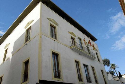 Can Botino, sede del Ayuntamiento de Ibiza.