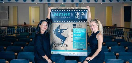 Irene Torres y Helher Escribano, directora del festival Ibicine.