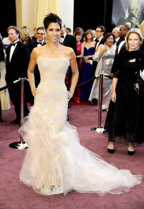 La actriz estadounidense Halle Berry durante la 83 edición de los Premios Óscar en el Teatro Kodak, de Hollywood.