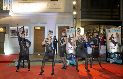 El primer festival de cortometrajes impulsado por la cineasta ibicenca, Helher Escribano, fue todo un éxito.
