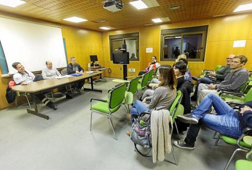 La asamblea celebrada en la tarde de ayer tuvo lugar en el salón de actos del antiguo Hospital de Can Misses.