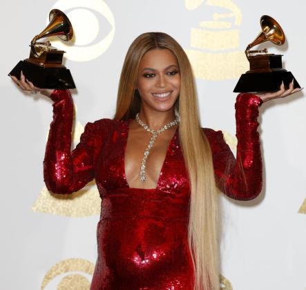 Beyoncé, durante la ceremonia de entrega de los Premios Grammy en el Staples Center de Los Ángeles.