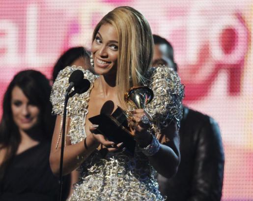 Imagen de la cantante Beyoncé en los premios Grammy 2010.