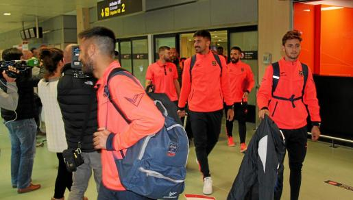 Instante en el que el equipo formenterense llega a Ibiza.