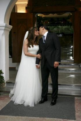 Carmen Morales y Luis Guerra momentos después del enlace.
