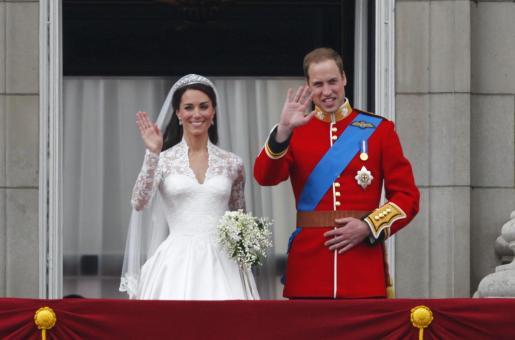 El príncipe Guillermo (dcha) y su esposa Catalina, duques de Cambridge.