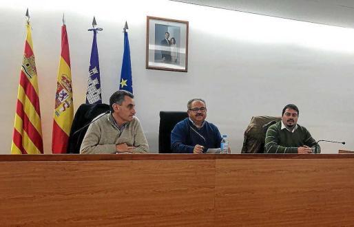 Un momento del pleno del Ayuntamiento de Sant Joan celebrado anoche.