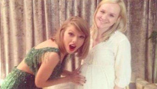 La cantante Taylor Swift ayuda a una fan embarazada y sin recursos a comprarse una casa.