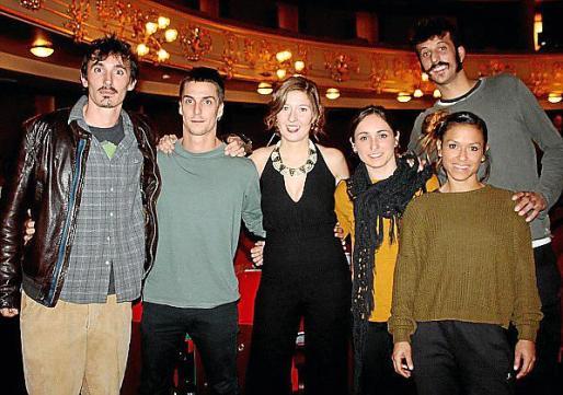 Andrea Sperotto, del Circ Bover; Bernat Messeguer, de 'Cia Dukto'; la presentadora María Bauzá, Bárbara Vidal, Guillem Vizcaíno y Mari Paz Arango, del 'Circ Atirofijo'.