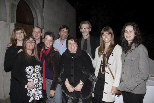 Teresa Suárez, Fátima Anglada, secretaria del Premi Born de Teatre; Iván Triay, Natalia Serrano, Neus Torrent, Josep Fernández, Jordi Tortras, Marta Vendrell e Inma Allés.