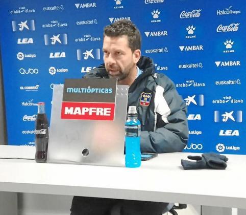 Tito García Sanjuán, durante la rueda de prensa que ofreció ayer por la tarde en Vitoria.