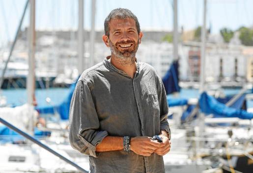 Imagen de archivo del biólogo marino y presidente de Tursiops, Txema Brotons.