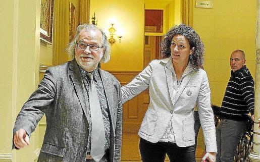Manresa y la consellera Cladera hace unos meses en el Parlament.