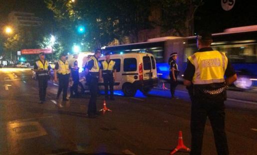 Un momento del control de la Policía Local.