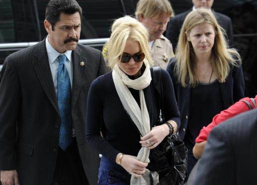 Lindsay Lohan, durante el juicio por el robo de un collar.