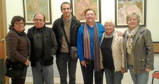 Ángela Martínez, Alonso Martínez, Antonio Trujillo, la autora Juana Maria Mas, Waltraud y Martha Heinz.